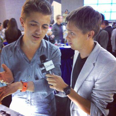 Презентация Samsung Galaxynote3 и Galaxygear в Алматы. На презентации Ваня был на расхват, от него не отставали журналисты с Бизнес и Власть и других изданий, а Данила взял видео интервью для Gonzo.kz!!!