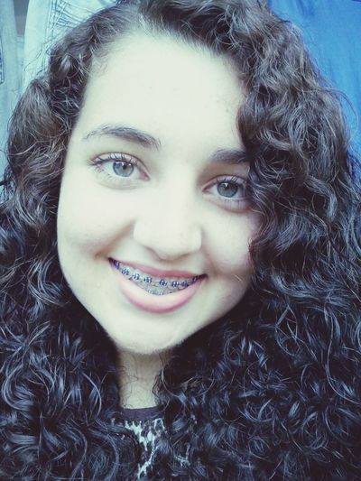 Sabe Aquele sorriso bobo? Entaum! Sótenho quando invade meus pensamentos.. :)
