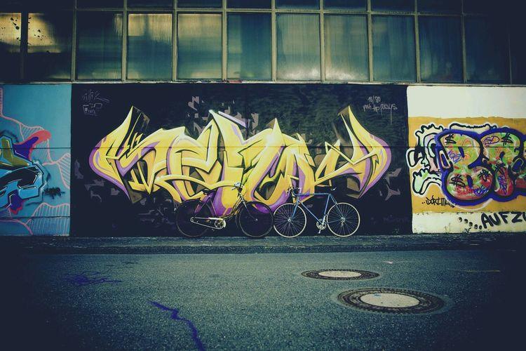 Streetart in Someplace