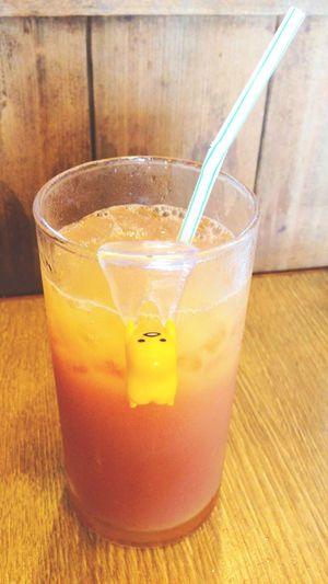 ぐでたま 山葡萄オレンジ Drinking