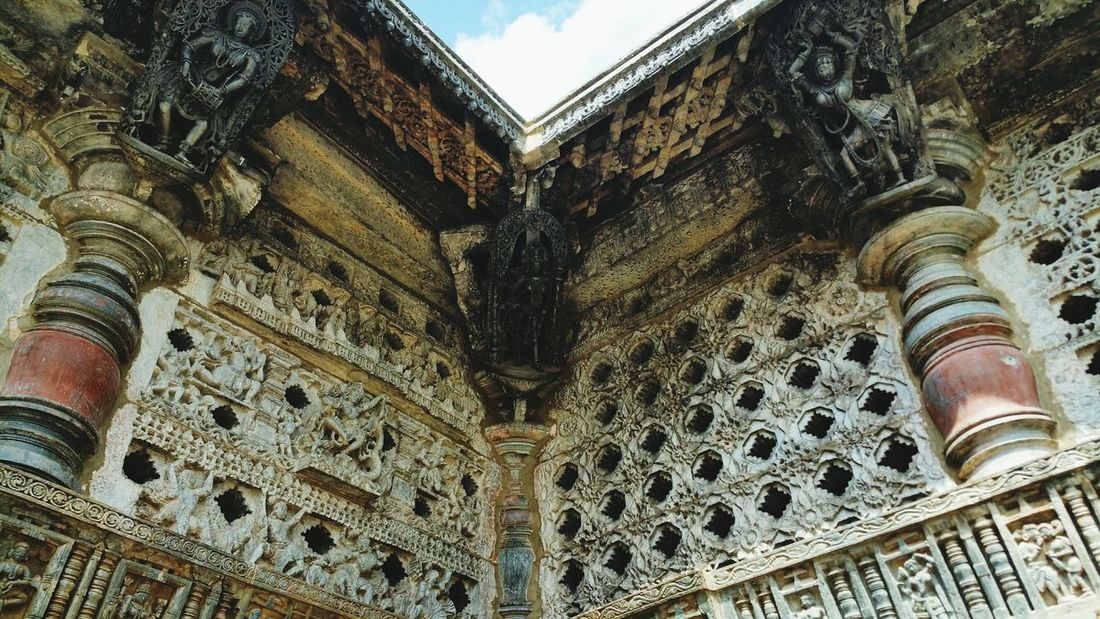 Excellent architecture and great story telling of bheluru..... Architecture Built Structure Building Exterior Low Angle View Travel Destinations No People History Sky Day Outdoors Bheluru Halebidutemple Low Angle View Cloud - Sky Beauty In Nature Architecture
