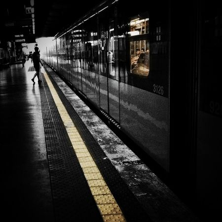 Don't loos the train Youmobile Notes From The Underground AMPt_community Blackandwhite
