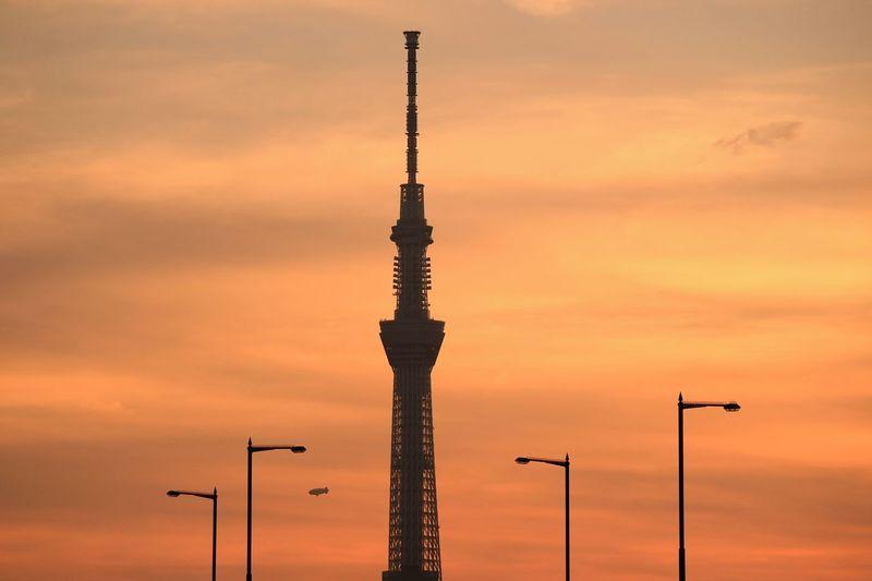Tokyoskytree Skytree Tower Airship Orangesky Sunset Sunsets Sky Skyporn Cloud Cloudporn Bridge Tokyo Japan
