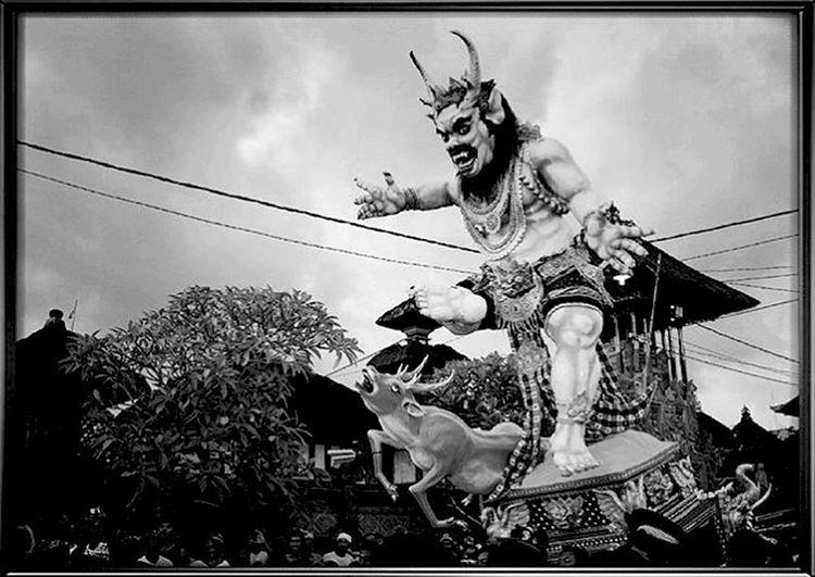 Nyepi Ogoh-ogoh Bali Traditional Photo Phoyography Dewata Dewataisland Suci Taksu Taking Photos