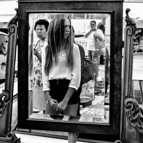 Street photography... mirror... Shootermag EyeEm Best Shots AMPt_community EyeEm Best Shots - Black + White