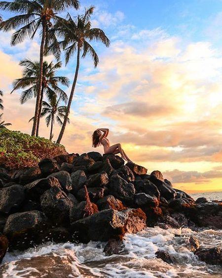 Sea siren Tropical Artnude Beautiful Goddesses Freethegoddess Blessed  Youonlyliveonce Befree Amazing Model Love Beauty Mauiphotography Mauinokaoi Mauiportraits Sea Seanymph Siren Seasiren Maui Hawaii Vixen Nature Girls Paradise island islandlife ocean sunset