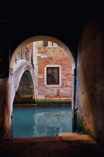 Scorci di Venezia Arch Architecture Water Built Structure No People Travel Destinations Outdoors Building Exterior Day Venezia Venice Italy Landscape