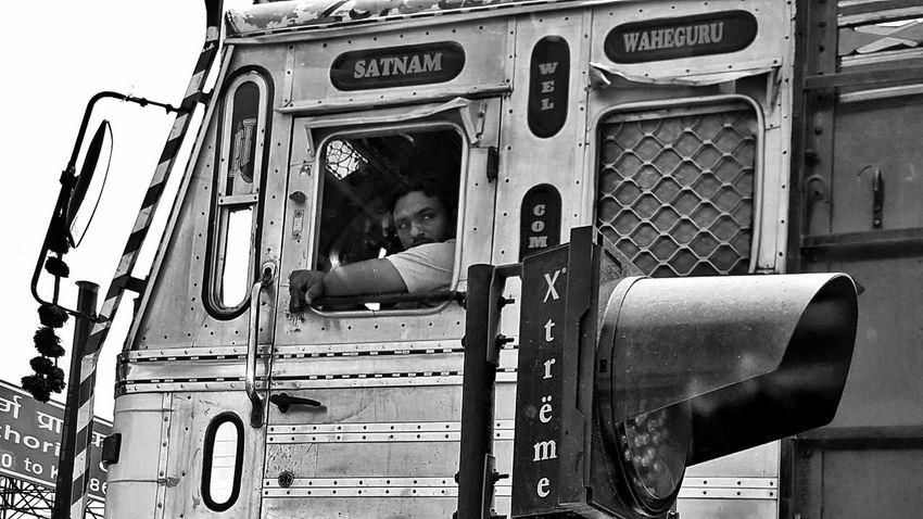 Transportation Streetphotography Blackandwhite Black And White Outdoors Low Angle View Working Taking Photos Streetphoto_bw Comuting Vehicle Truck TheWeekOnEyeEM