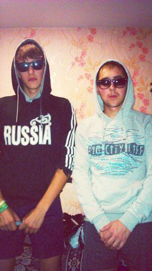 Парни они такие парни)