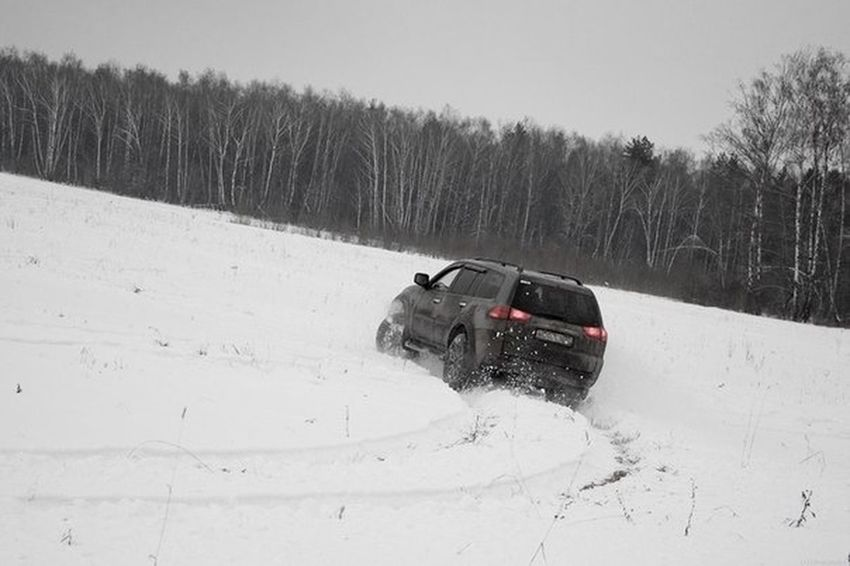 Winter Mitsubishi Racing Snow