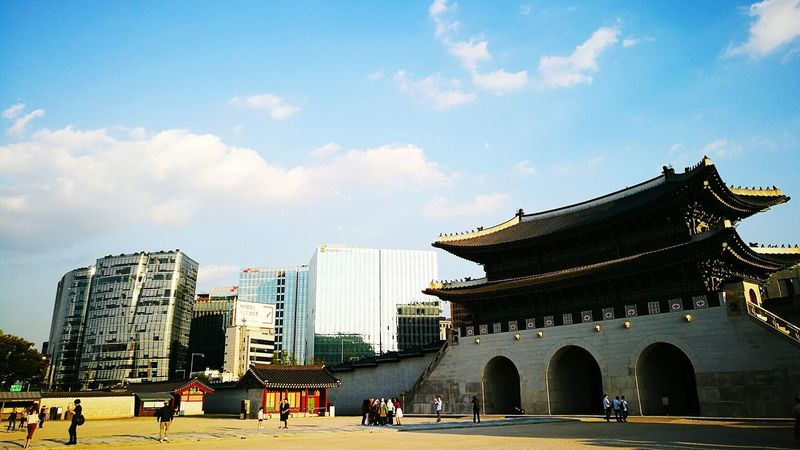 Architecture Travel Destinations Built Structure Building Exterior Day City Sky Outdoors People Cityscape Palace Retro Korea History Museum Historical Modern Old And New Buildings Business Finance And Industry Traveller