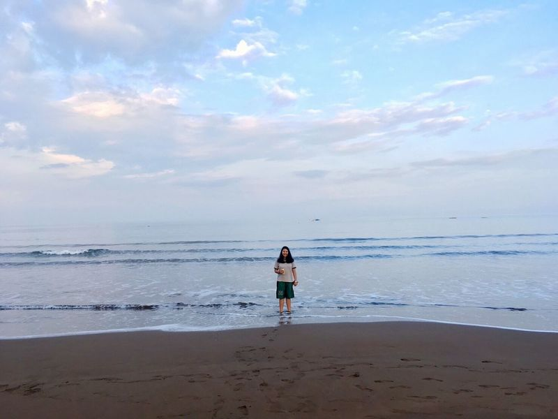 Beauty In Nature The Great Outdoors - 2017 EyeEm Awards One Person Cloud - Sky Sky Beach Sea Live For The Story Standing The Portraitist - 2017 EyeEm Awards