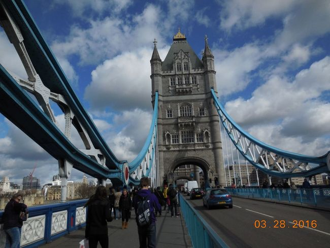 Architecture Bridge - Man Made Structure Built Structure Capital Cities  City City Life Cloud Cloud - Sky Cloudy Connection Day Engineering Famous Place Group Of People International Landmark Leisure Activity Lifestyles Mode Of Transport Outdoors Road Sky Tourism Tourist Travel Destinations