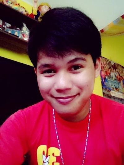 Hellow everyone follow me on twitter @franzlabaguis or add me on facebook francis_09l@yahoo.com tnx everyone