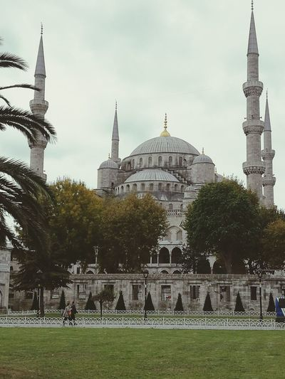 Blue Mosque, Istanbul Turkey💕 Istanbul Turkiye ATATÜRK ❤ Turkey♥ Turkey ♡ Türkiye 💙💛 Istanbul Building Exterior No People Religion Outdoors Built Structure Dome Architecture Travel Sultan Ahmed Mosque SultanAhmetBlueMosque