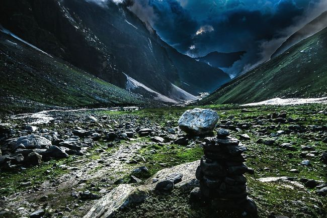 Trekking Mountain No People Outdoors Snow Cold Temperature Scenics Beauty In Nature Landscape Winter Fog Nature Water Day Sky Himalayas, India Beauty In Nature Forest Grass Hiking Nature Vacations Mountain Range Cloud - Sky Himalayas