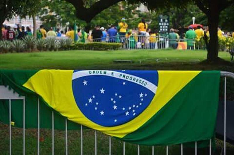 Bandeirabrasileira Brazilianflag Dia15demarço Braziliansprotesting Nationproud EyeEmBestPics