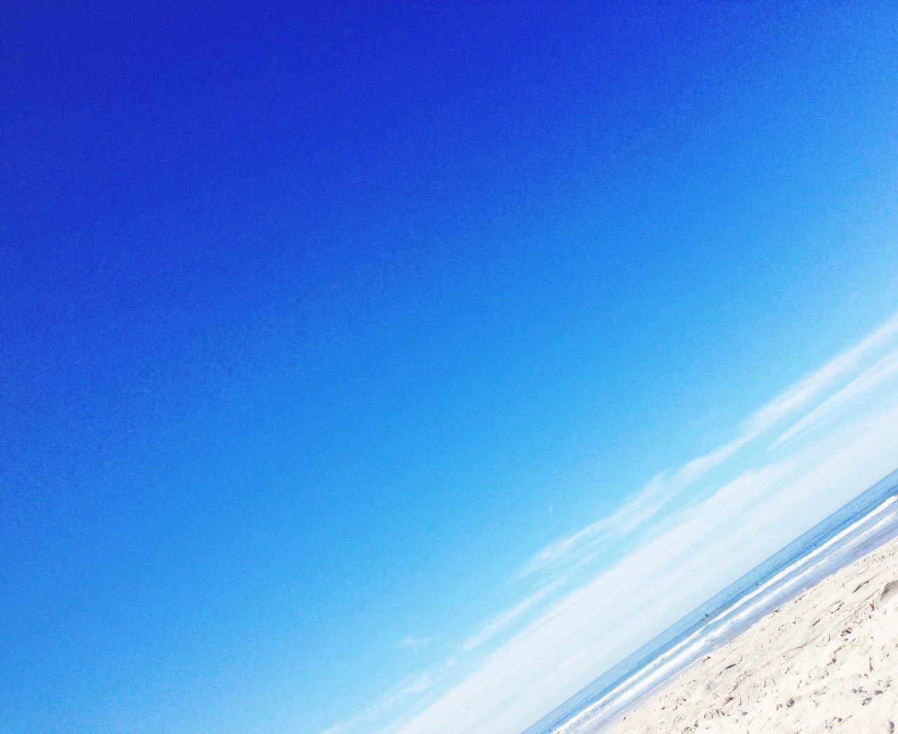 blue, nature, beauty in nature, copy space, scenics, no people, tranquility, tranquil scene, day, sea, outdoors, beach, sky, clear sky, horizon over water