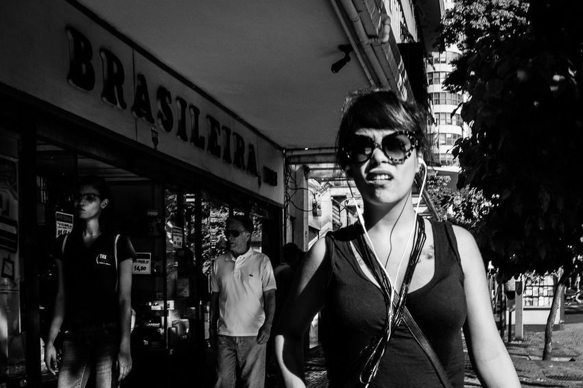 Street Bw Bwphotography Capture The Moment HiFiPhotographia Blackandwhite Photography Streetphotography Streetphoto_bw HIFiClaudioVRocha