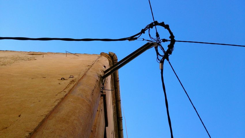 EyeEm Selects Geometry El Masroig Mobile Photography Mobilephotography Sony Xperia Zr Rural Scene Sky Cable Telephone Line Electricity  Power Supply Connection Fuel And Power Generation Day Technology No People Quiet Lines Lines And Angles Curves And Shapes Geometric Abstraction Geometric Lines Cabled Catalunya