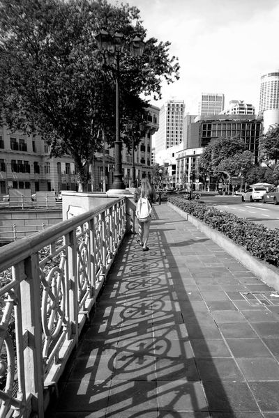 Black & White EyeEm Best Shots Bwphotography Blackandwhite Streetphotography_bw Streetphotography Streetphoto_bw Shadow Bw_collection BWMobilephotography