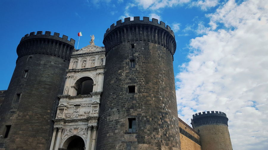 Italia Napoli Napoli Italy Napoli ❤ Sky And Clouds Travel Ancient Ancient Civilization Architecture Blue Sky Building Exterior Built Structure Cloud - Sky Day Dome History Italy Low Angle View Napoliphotoproject No People Outdoors Photo Photography Sky Travel Destinations EyeEmNewHere