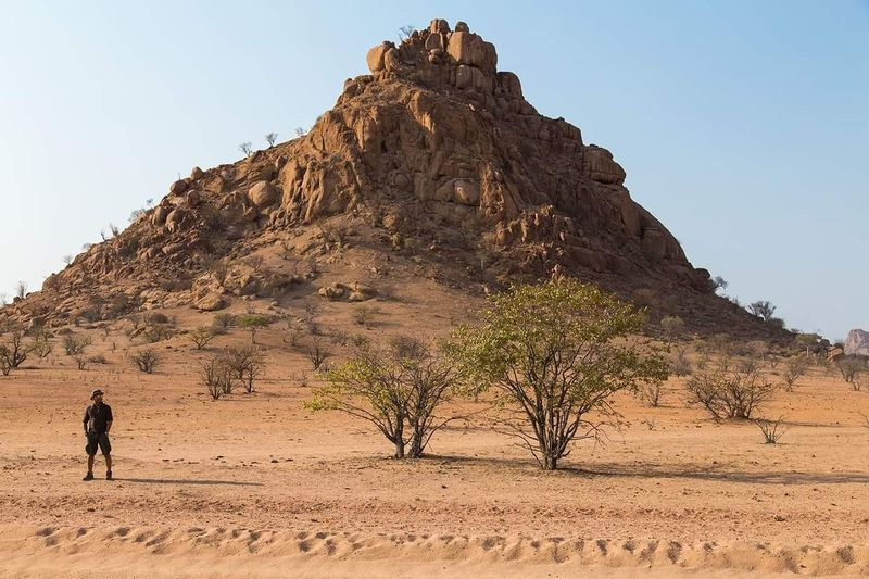 Namibia... Desert Arid Climate Travel Destinations Rock - Object Africa Namibia Wanderlust Lonelyplanet Travel Photography Globetrotter Photograph EyeEmNewHere Viaggiare Follow Me On Instagram ♥ Livefortravel Eyemphotography Canon 6D Liveforadventure Phototraveller Landscape Desert Adventurer Extreme Terrain One Man Only