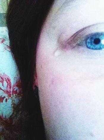 Lacrime Occhi Azzurri Blu Eyes