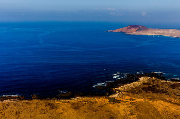 Lanzarote Lagraciosa Circle #sea Nature Nature Photography Photo Photography Photooftheday Love Me All_shots Canon Sea Water Lava UnderSea Beach Aerial View Oil Pump Horizon Over Water Sky