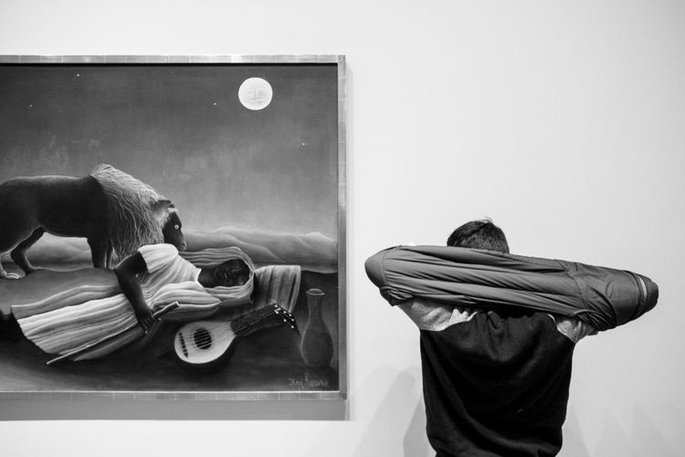 MoMA | New York City, 2017 Black & White Documentary Photography Henri Rousseau Moma N.Y. Museum Of Modern Art NYC Museum Of Modern Art New York New York City New York, New York The Sleeping Gypsy Wall Black And White Black And White Photography Black&white Blackandwhite Blackandwhite Photography Blackandwhitephotography Boring Documentaryphotography Henrirousseau Moma Reportage Reportagephotography Thesleepinggypsy Travel Street Photography
