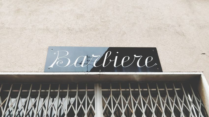 Need to shave? Meet in there. Banner Banner - Sign Barbiere Insegna Barber Barbershop Objects Of Interest Shave Blackboard  Text Communication Welcome Sign Architecture Building Exterior Capital Letter Handwriting  Information