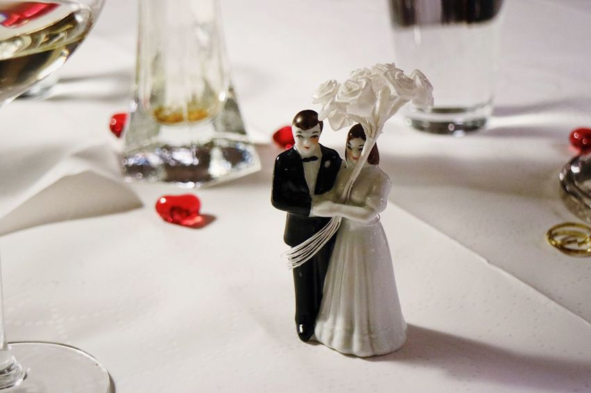 EyeEm Selects Wedding Bride Bridegroom Wedding Cake Figurine Figurine  Indoors  Table Love Life Events Wedding Cake Groom Celebration Close-up Wedding Dress Day