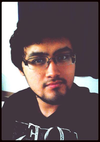 >_< I need another haircut! My hair is getting too hard to manage..