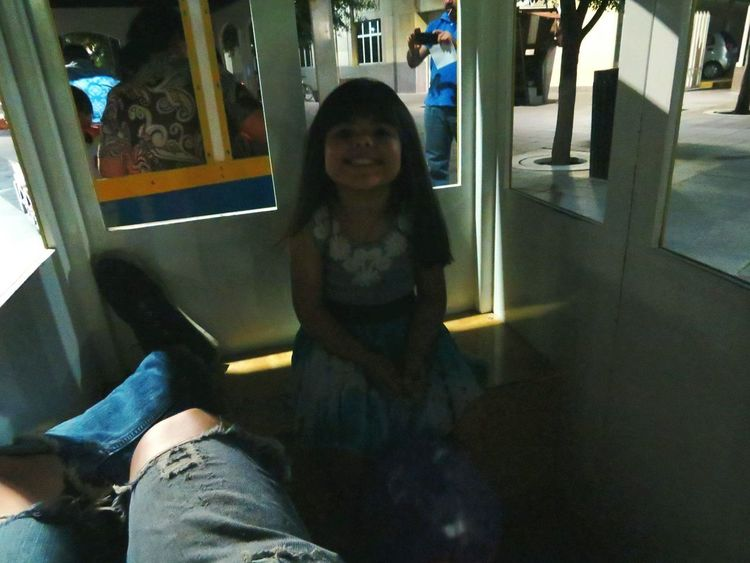 Live For The Story Paseo en Tren Looking At Camera Child Chihuahua, Mexico Leo Sáenz Mexico Night Place Of Heart Out Of The Box