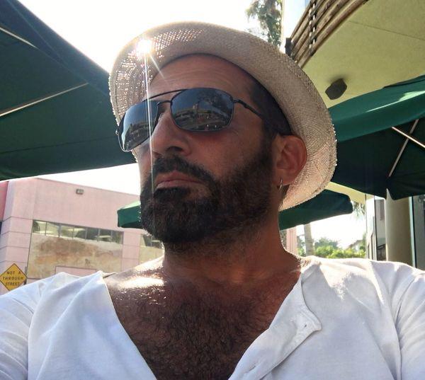 Beard Headshot Facial Hair Portrait One Person Real People Men Males  Mid Adult Men Mid Adult Fashion Lifestyles Sunglasses Leisure Activity Sunlight Glasses Outdoors Human Face Robertoblasi