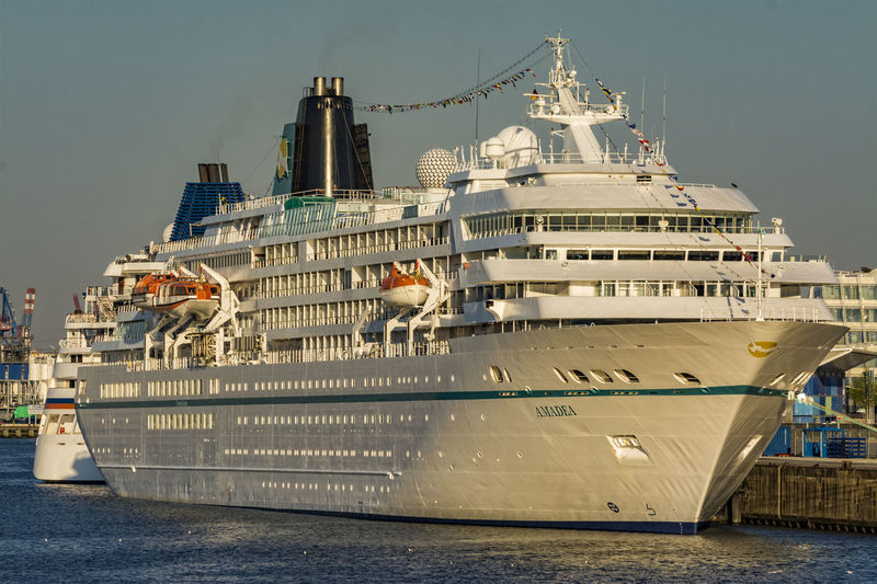 Amadea Amadea City Cruise Ship Day Elbe River Hamburg Harbour Morning Light Morning Sun Sky Water White