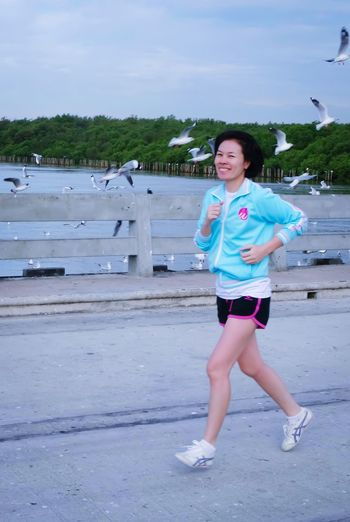 run for good health Run Excercise Time Beach Full Length Only Women One Person One Woman Only Water One Young Woman Only Adult Portrait Front View Day People Leisure Activity Outdoors Looking At Camera Young Women