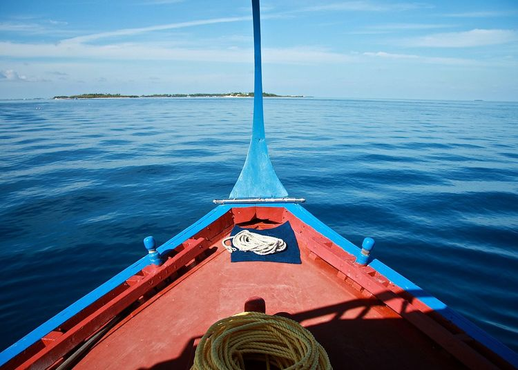 Blue Boat Capture The Moment Enjoying The View Horizon Over Water Island Maldives Mediterranean  Nature Nautical Vessel Ocean Railing Red Relax Rippled Sea Sea And Sky Sky Taking Photos Tranquil Scene Tranquility Travel Trip Wineandmore Wood - Material