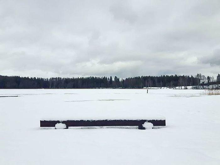 Landscape Winter Winterewonderland Lines Lake Frozen Frozenlake Clouds Sky White Whitewinter Snow Vaidava Vaidavasezers Latvia Latvija Europe Placestogo Landscaping Traveling Travelingram Traveller