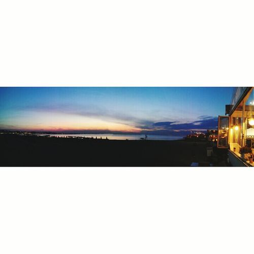 •Esta noche yo te quiero en la oscuridad• Tramonto♡ Bellissimo! Cattolica Dinner On The Beach Amazing View Eye4photography  Colour Portrait Lovely Day EyeEm Best Shots Eye4enchanting