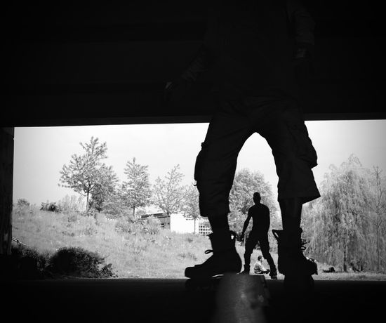 Fun UNPOSED Action Black And White Blackandwhite Candid Contrast Frame Inliner Low Section Men Monochrome Nature People Photography Real People Silhouette Sky Spontanious Sport Standing Street Photography Structure Togetherness Tree Two People EyeEmNewHere