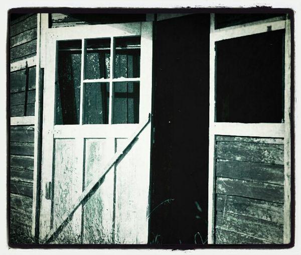 Barns Barnsnipers Gonebutstanding RuralTreasures  Doorporn