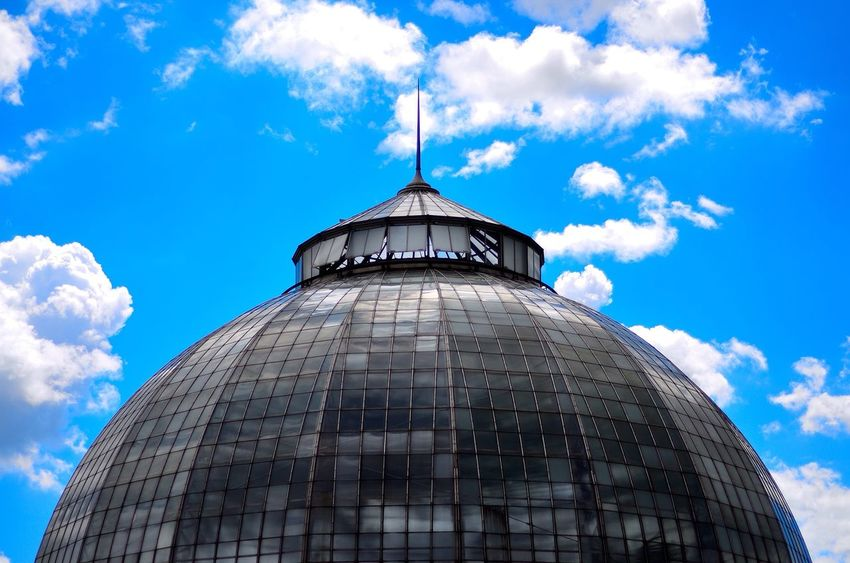 The Conservatory (To see more of my photos follow my Instagram: @LJCL.Photo) Creative Light And Shadow Detroit Michigan Belle Isle Explore Adventure Vscocam VSCO Architecture Sky Seeing The Sights Blue Wave Hidden Gems  The Architect - 2016 EyeEm Awards The Street Photographer - 2016 EyeEm Awards The Photojournalist - 2016 EyeEm Awards The Architect - 2017 EyeEm Awards