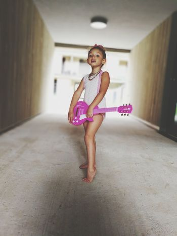 Princess Beautiful Girl Gitar ❤️ Lovethislittlegirl Lovekids Kids PhotographyLove To Take Photos ❤ Pink Color Mobile Photography Kidsarethefuture Shanelove Learning Photography Sweet♡ EyeEmNewHere