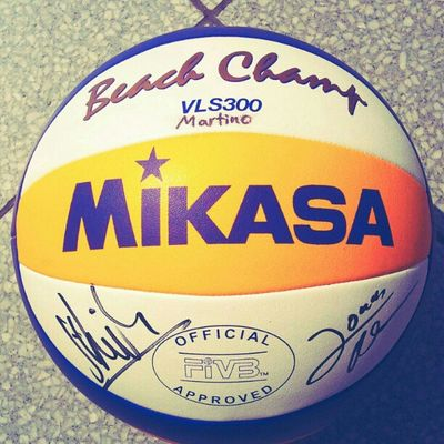 this is my spiritual #ball filled with #luck signed by #Olympic #Winner of #beachvolleyball team #Brink and #Reckermann . I keep it till i die. Winner Beachvolleyball Olympic Luck Ball Reckermann Brink