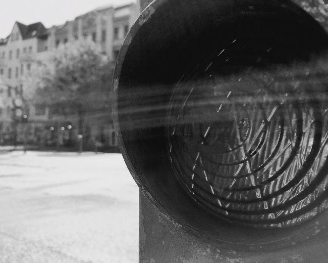 Berliner Ansichten Bikeswithoutlimits Trafficlight Blackandwhite