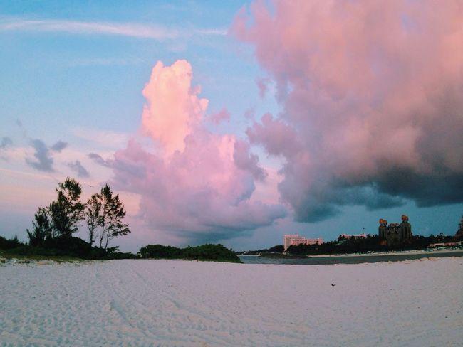 Taking Photos Atlantis, Bahamas.  Beach Clouds