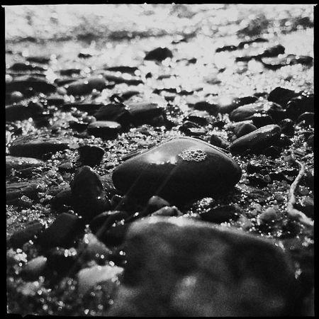 rheinblasen Beuel Schwarzrheindorf River Water Hipstamatic Stones Germany Bubble Bw Deutschland Rhein Monoart Bonn Fluss