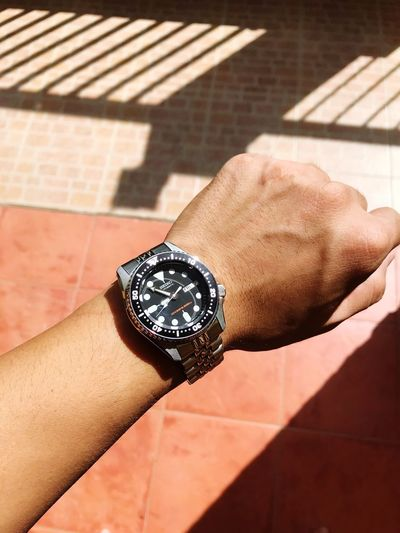 Out in the sun Urbangentry Skx Skx013 Seiko Human Body Part Human Hand Hand One Person Body Part Real People Jewelry Wristwatch