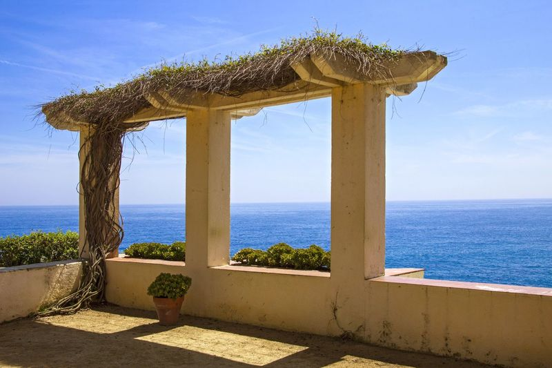 Arch, ivy-covered with a sea view. Showcase April Naturelover Sea Sea And Sky Sea View Spring Springtime Ivy Ivy Covered Arch Telling Stories Differently